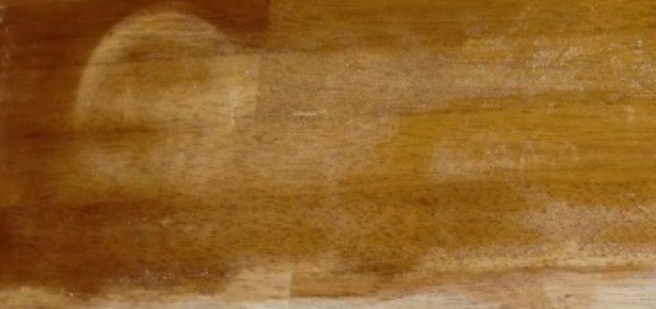 D caper un meuble vernis khenghua - Comment decaper un meuble en bois cire ...